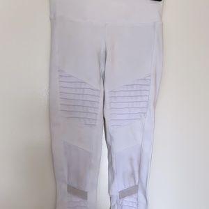 Alo Yoga - Moto Legging - White